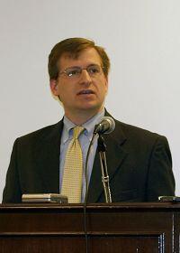 法轮大法信息中心在美国会公布年度报告(图)