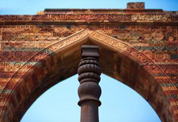 1500年前古印度铸造的铁柱,含铁量高达99.72