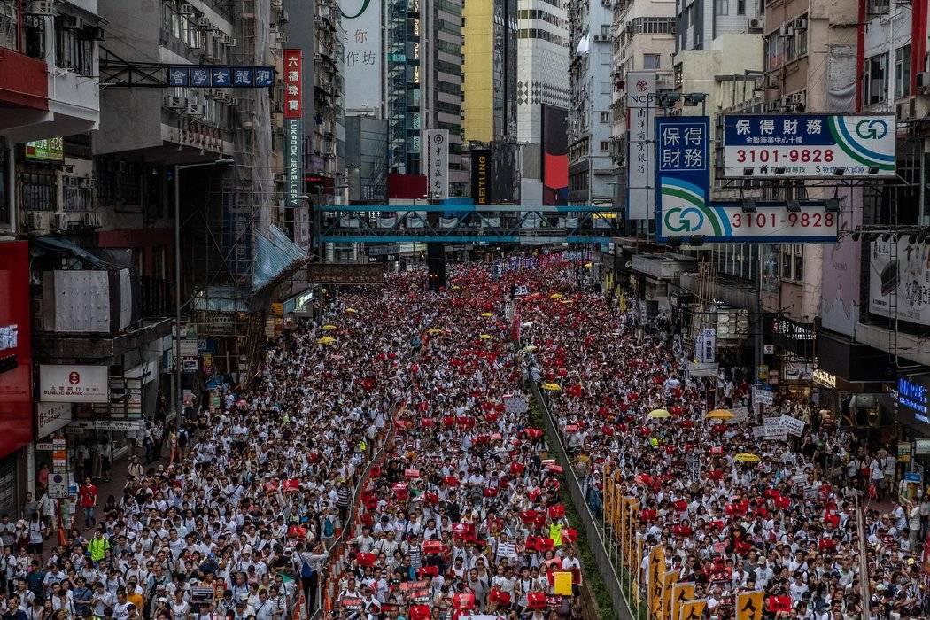 共产党不是同胞而是敌人,香港人是同胞不是敌人
