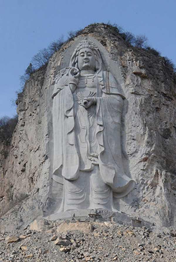 """中共为什么""""灭佛"""" 下令摧毁大量佛像?"""