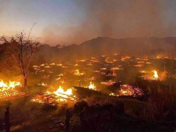 """""""最后原始部落""""云南翁丁村佤族老寨   被大火烧光"""